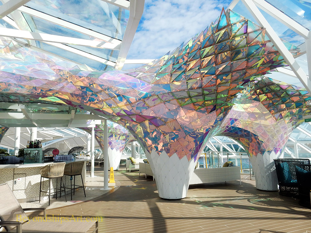Cruise ship Symphony of the Seas art