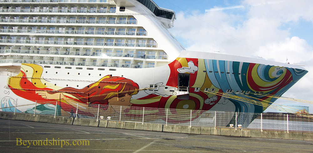 Portion of the hull art on Norwegian Getaway by LEBO